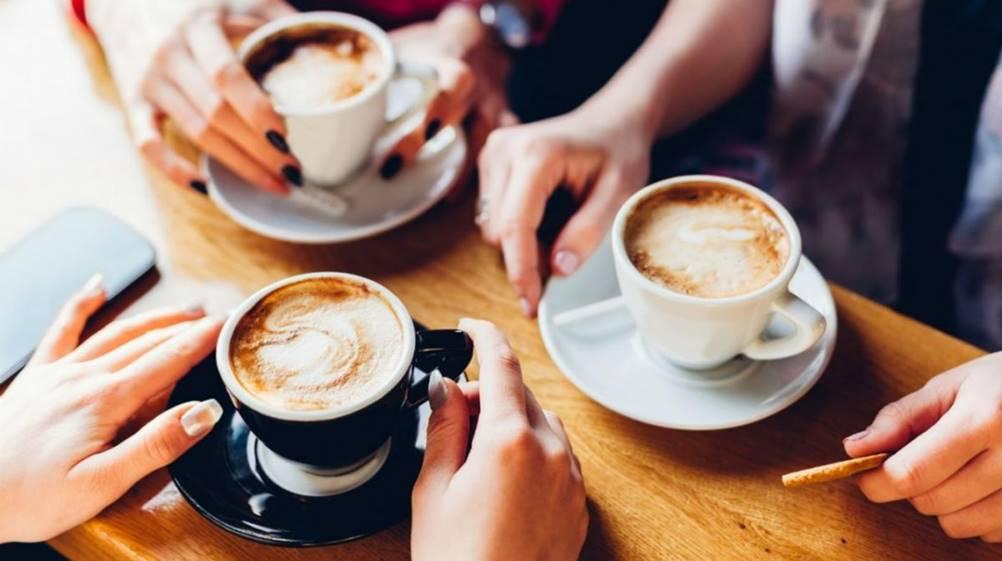 Palheta para café de madeira