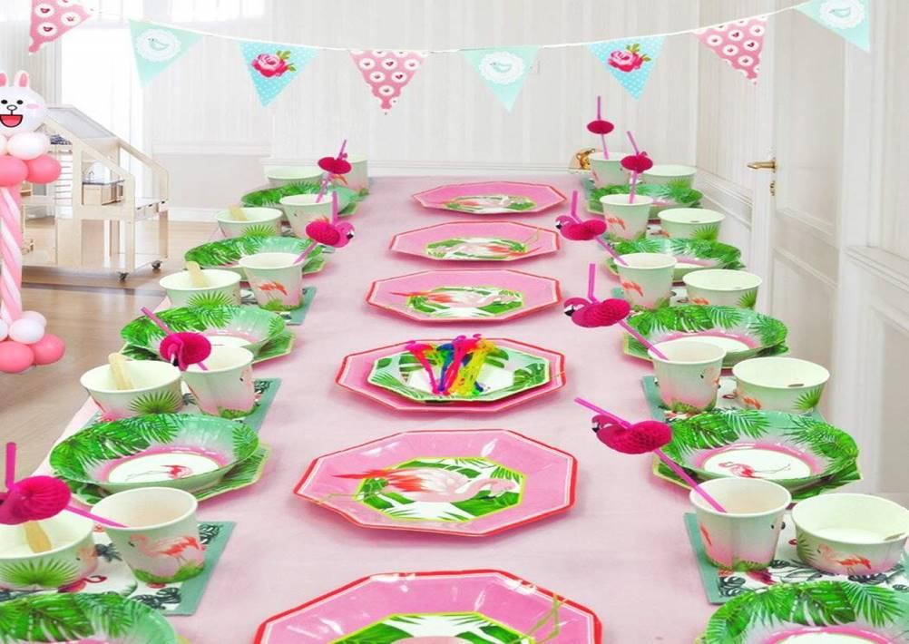 Pratinho descartável é essencial para uma festa de aniversário